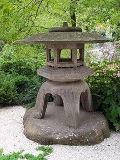 Pagoda statue for garden