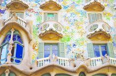 おしゃれすぎるカサ・バトリョ  ガウディ様様  #casabatllo#beautiful#gaudi#barcelona#spain#genic_mag#genic_travel#travel #カサバトリョ#おしゃれ#ガウディ#バルセロナ#スペイン#女子旅#カメラ女子