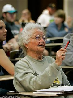 Senior Freshman Kansas-born Nola Ochs took her 1st college course at Fort Hays State Univ in 1930, but didn't complete her degree till 2007, at age 95, becoming the nation's oldest college graduate. After raising 4 sons & becoming a grandma to 13/great-grandma to 15, She started taking a few classes at her local community college to keep herself busy. Before she knew it, she was just 30 hours shy of a BA, & decided to re-enroll at FHSU. Graduating with a 3.7 GPA alongside her granddaughter!