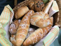 Hot Dog Buns, Hot Dogs, Tricks, Bread, Food, Baby, Bread Baking, Cooking, Ancient Recipes