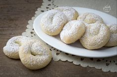 Italian Cookie Recipes, Italian Cookies, Classic Desserts, Tea Cakes, Naan, Cake Recipes, Sweet Treats, Food And Drink, Cooking Recipes