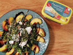 Σαλάτα με ροδάκινα και μπουκίτσες χαρουπιού Ethnic Recipes, Food, Essen, Meals, Yemek, Eten