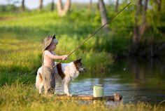 Chiều nay tụi mình đi câu cá, cún yêu nhé! ;-)