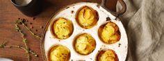 Kartoffelgratin mal anders: Die herzhaften Kartoffel-Muffins schmecken köstlich und sind auch super für Gäste!