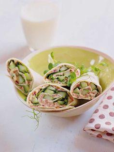 Tortillawraps fylt med gode grønnsaker. Et velsmakende vegetaralternativ som passer godt til lunsj.