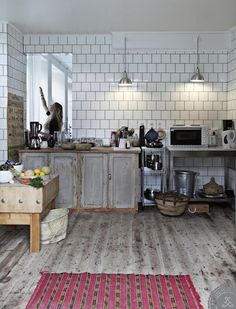 BODIE and FOU★ Le Blog: Inspiring Interior Design blog by two French sisters: A shop turned into a home | house tour