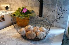 Bird Cages, Wire Crafts, Kos, Planter Pots, Birds, Birdcages, Bird, Pet Bird Cage, String Crafts