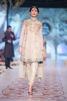 Wedding-Bridal-Suits-Collection-at-PBCW-by-Fashion-Dress-Designer-Asifa-and-Nabeel-6