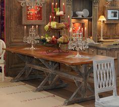 table salle à manger croisillons dessus parquet Versailles