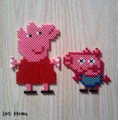 Peppa pig en perles à repasser Fuse Beads, Hama Beads, Seed Beads, Perler Bead Disney, Peppa Pig, Pearl Beads, Bead Crafts, Olaf, Beading Patterns