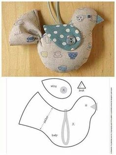 Amazing Home Sewing Crafts Ideas. Incredible Home Sewing Crafts Ideas. Bird Crafts, Felt Crafts, Easter Crafts, Christmas Crafts, Christmas Ornaments, Christmas Bird, Country Christmas, Fabric Toys, Fabric Birds