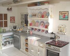 Carolyn's Little Kitchen: kitchen
