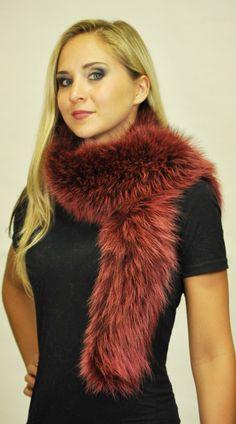 Sciarpa marmotta tinta color ciliegia. http://www.amifur.com