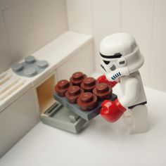 just a second lord vader, i'm putting my cupcakes in the oven.