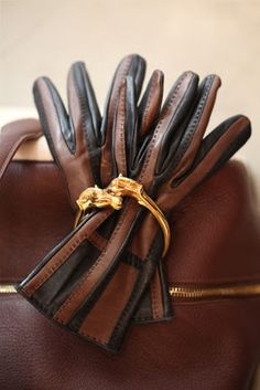 Hermes vintage gloves and vintage horse bangle. Vintage Gloves, Vintage Horse, Hermes Vintage, Hermes Handbags, Brown Fashion, Women's Fashion, Fashion Outfits, Equestrian Style, Leather Gloves