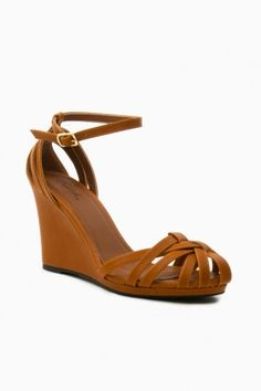 Keriann Wedges in Camel