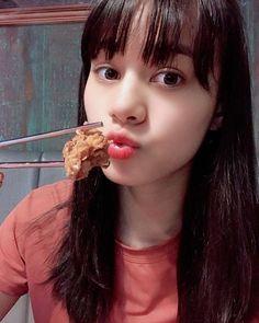 NiziU(@niziu_artist_official) • Instagram 사진 및 동영상 Japanese Girl Group, Yamaguchi, Kpop Girls, Are You Happy, Maya, Photoshoot, Celebrities, Artist, Instagram