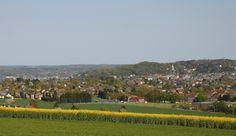 photo Viviane Onbelet  le village de Flawinne vue de la drève du château David
