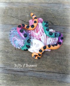 Guarding Seashells Polymer Clay Brooch - Cluster Shells by TNTPatterns on Etsy