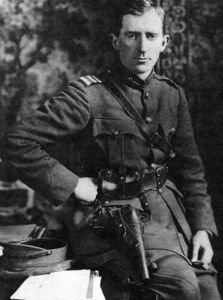 General Richard James Mulcahy He served as Michael Collin's Chief of Staff and Minister for Defence under the Cosgrave administration. He frequently clashed with O'Higgins. Roisin Dubh, Ireland 1916, Easter Rising, Cork City, Michael Collins, County Clare, Ireland Homes, Chief Of Staff, Irish Eyes