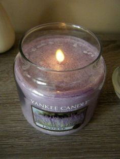 Lavender Yankee Candle Review + #Giveaway @yankeecandleint @SerenityYou