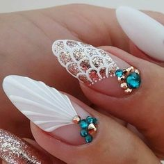 Add some inspiration from under the sea to your next manicure with mermaid nails. Take a peek at some of our favorite mermaid nail art designs. Korean Nail Art, Korean Nails, Trendy Nails, Cute Nails, Unicorn Nails Designs, Sea Nails, Shellac Nails, Nailart, Minimalist Nails