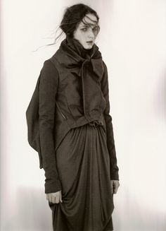 Rick Owens 10 Magazine Winter 2007 Photographed by Andreas Sjödin Model: Angelika Kocheva Yohji Yamamoto, Rick Owens, Mode Alternative, Fashion Details, Fashion Design, Dark Fashion, Look Chic, Japanese Fashion, Editorial Fashion
