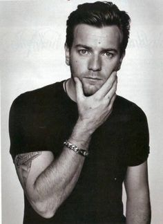 Ewan Mcgregor ; hes an AMAZING actor.. his range is incredibly AND hes scottish, what more can i ask? *sigh*