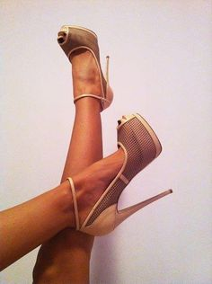 love an ankle strap