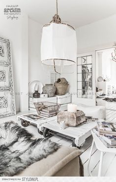 I like SO much about this room! Will be looking at this considering!