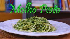 O Molho Pesto dispensa comentários...é único e delicioso!!! Ingredientes: 1 maço de manjericão 1 dente de alho 80 ml de azeite 100g de queijo parmesão 15g de...