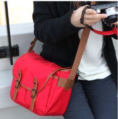 Basic Camera Shoulder Bag