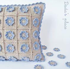 35% Off  On November 11th, Buy Yarn To DIY : http://www.aliexpress.com/store/1687168 Little flower crochet pillow