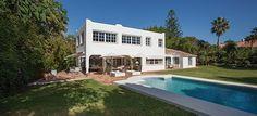 Villa en Guadalmina Baja - Marbella. 2.000 m2, 4 hab, 5 baños. Vistas al mar. Beautiful villa in Guadalmina Baja - Marbella. 2.000 m2, 4 bedrooms, 5 baths. Sea views. 1.650.000 €