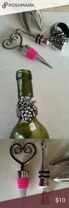 HALLOWEEN CLOSET CLEAR OUT WINE ACCESSORIES 2 Wine Stoppers, Wine Drip Ring, and Foil Cutter Dalla  Piazza Switzerland  Accessories