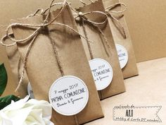 Hobby di Carta - Il blog: bomboniere Gift Box Packaging, Food Packaging Design, Cute Packaging, Soap Packaging, Diy Bag Gift, Easy Diy Gifts, Gift Bags, Xmas Cards, Diy Cards