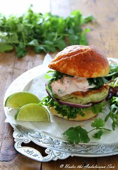 Under the Andalusian Sun food, wine and travel blog: Pike and crayfish burgers