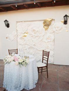 La Tavola Fine Linen Rental: Madison White   Photography: Carmen Santorelli, Floral Design: Oak And The Owl, Venue: Bacara Resort & Spa, Event Planning & Design: Hana Malek, Venus Event Design