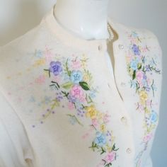 Vintage 1960s Creamy White Embroidered Sweater by LessThanPerfect, $45.00 I absolutely LOOOOVE this sweater.