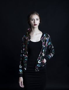 Uhana Design, Secret garden bomber