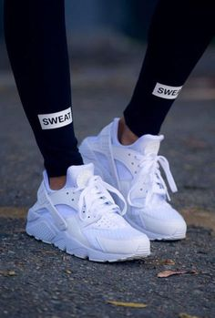 All white women's Nike Air Huarache sneakers. At TheShoeCosmetics all white trainers are the canvas, the fresh face to a sneaker makeover. An all white pair of Nike tennis shoes are perfect canvas for a customized sneaker. Moda Sneakers, Best Sneakers, Sneakers Fashion, Best Shoes, Fashion Shoes, Nike Fashion, Trill Fashion, Trendy Fashion, Fashion Trainers