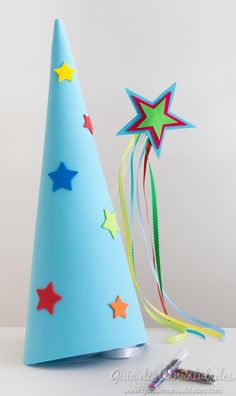 """Kit para hadas y magos con gorro, varita y """"polvo mágico"""" - Guía de MANUALIDADES Diy For Kids, Crafts For Kids, Diy And Crafts, Arts And Crafts, Diy Tutu, Tea Party, Kids Toys, Baby Kids, Crafty"""