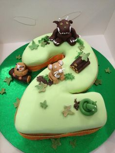 Gruffalo cake for birthday party 2nd Birthday Boys, 2nd Birthday Parties, Birthday Ideas, Dinosaur Birthday Cakes, 3rd Birthday Cakes, Fondant Cakes, Cupcake Cakes, Gruffalo Party, Hungry Caterpillar Cake