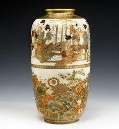 Ryozan satsuma vase - my second greatest love next to glass is enamelwork and Satsuma Japanese China, Japanese Vase, Japanese Porcelain, Japanese Pottery, Porcelain Ceramics, Ceramic Pottery, Pottery Art, Ceramic Art, Chinese Ceramics
