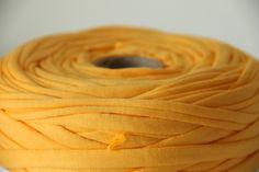 ZtringZ textieldraad Eigeel - € 8,00    #fabric #yarn yellow #supplies $10.50