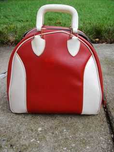 Vintage Red and White Bowling Bag With White Piping