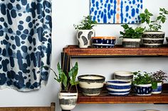 A love for natural, reclaimed and repurposed materials directs sculptor Harriet Goodall's creative output What Is A Textile, Indoor Garden, Indoor Plants, Room With Plants, House Plants, Fiddle Leaf Fig Tree, Spider Plants, Plastic Pots, Better Homes And Gardens