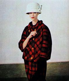 Plaid coat and skirt ensemble by Balenciaga, photo Tom Kublin, Jardin des Modes November 1960