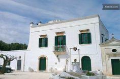 authentic 18th century masseria for rent as holiday home Authentica masseria settecentesca disponibile per casa vacanza.