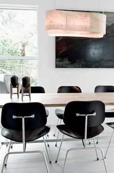 This home situated north of Copenhagen has been designed and crafted by talented furniture carpenter/designer Laura Bergsøe Eames Chairs, Dining Chairs, Dining Table, Dining Rooms, Wood Table, Dining Area, New Interior Design, Interior Decorating, Room Interior